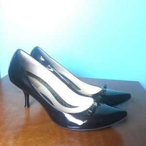 Black Patent Leather Kenneth Cole Shoes With Bow